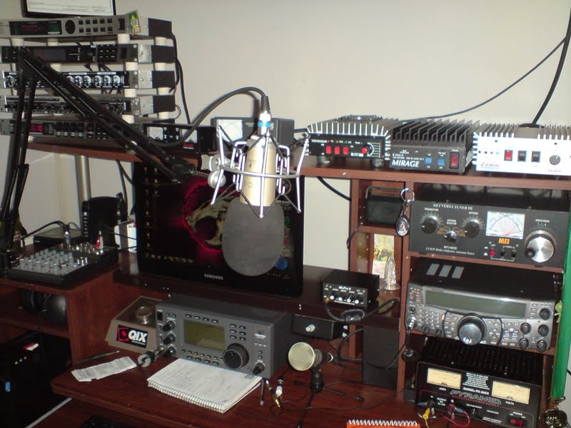 The PY2PJA Voodoo Studio with the Icom!